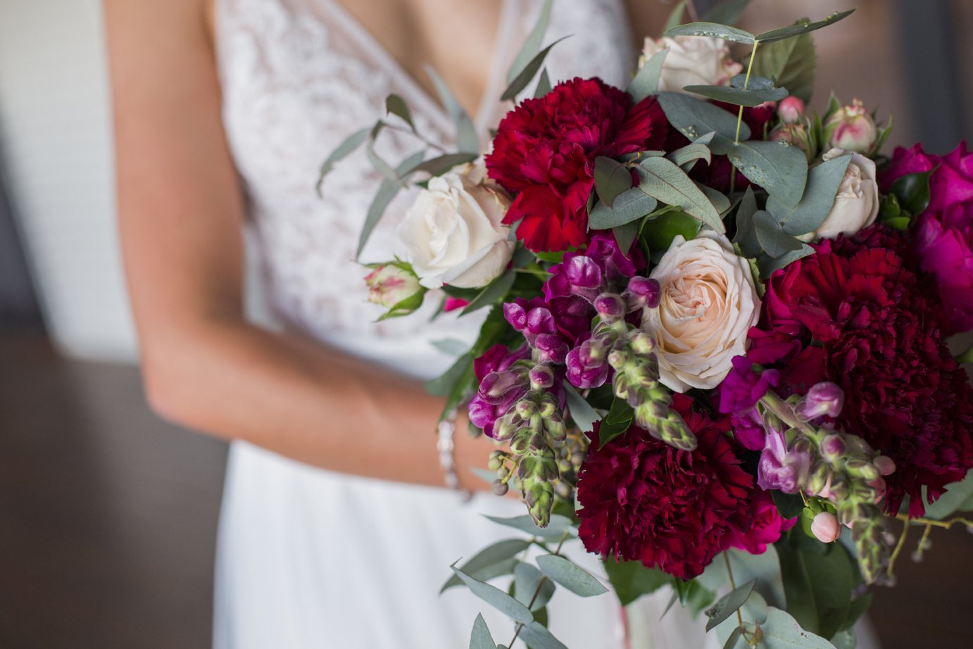 Wedding Florals Lure Abell Point